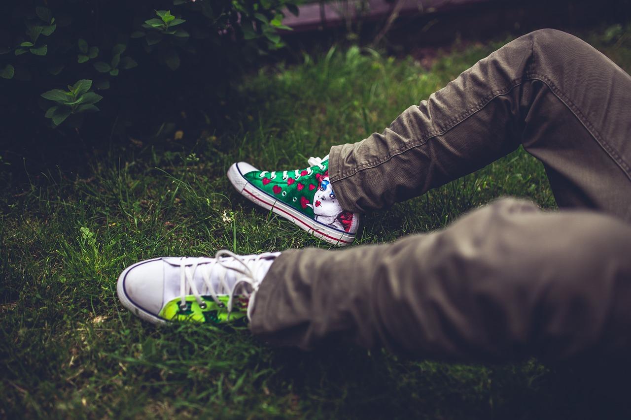 Tingere le scarpe